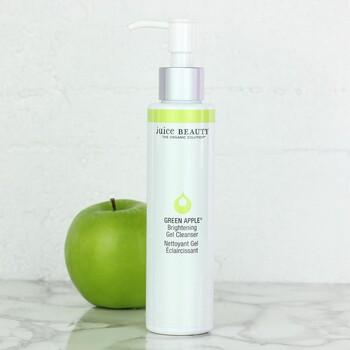 Juice Beauty - GREEN APPLE Brightening Gel Cleanser 133ml - Lekeli Ciltler için Temizleyici (1)