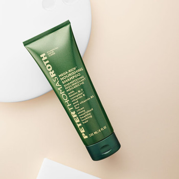 Peter Thomas Roth - Mega-Rich Şampuan 235 ml